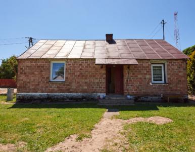 """""""Nasz nowy dom"""". Dowbor odmieniła zrujnowany dom. Zdjęcia """"przed i po"""""""