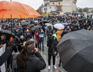 Branża fitness wściekła na rząd. Przyjechali do Warszawy z transparentami