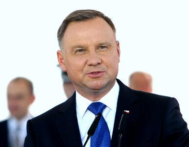 """Andrzej Duda złożył życzenia użytkownikom Twittera. """"Choinki ubrane,..."""