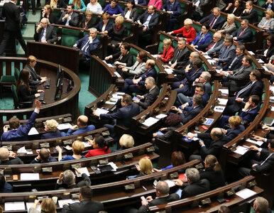 PiS chce przyjąć uchwałę ws. obrony suwerenności. Opozycja: To złamanie...