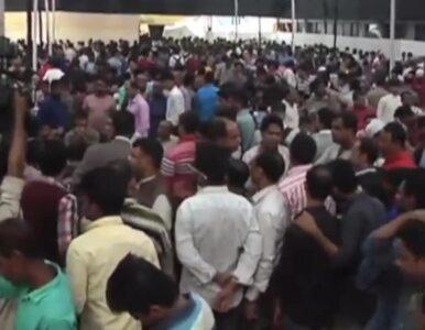 Tłum rzucił się po darmowe jedzenie. 10 osób stratowanych