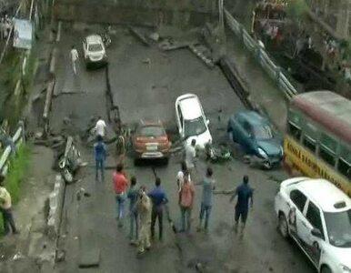 Zarwał się most w Kalkucie. Są zabici i ranni, kilkudziesięciu uwięzionych
