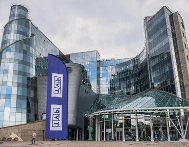 """Niemiecka telewizja skrytykowała TVP. Tuska nazwano """"najważniejszym..."""
