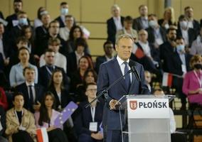 Konwencja PO w Płońsku. Donald Tusk podał fałszywe informacje