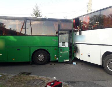 Zderzenie szkolnych autobusów w Pankach na Śląsku. 11 rannych w tym 8...