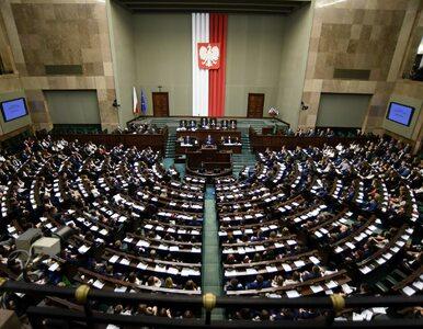 Sondaż IBRiS. PiS przed Koalicją Obywatelską