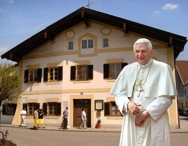 PiS pyta Tuska dlaczego nie broni papieża przed Ryfińskim