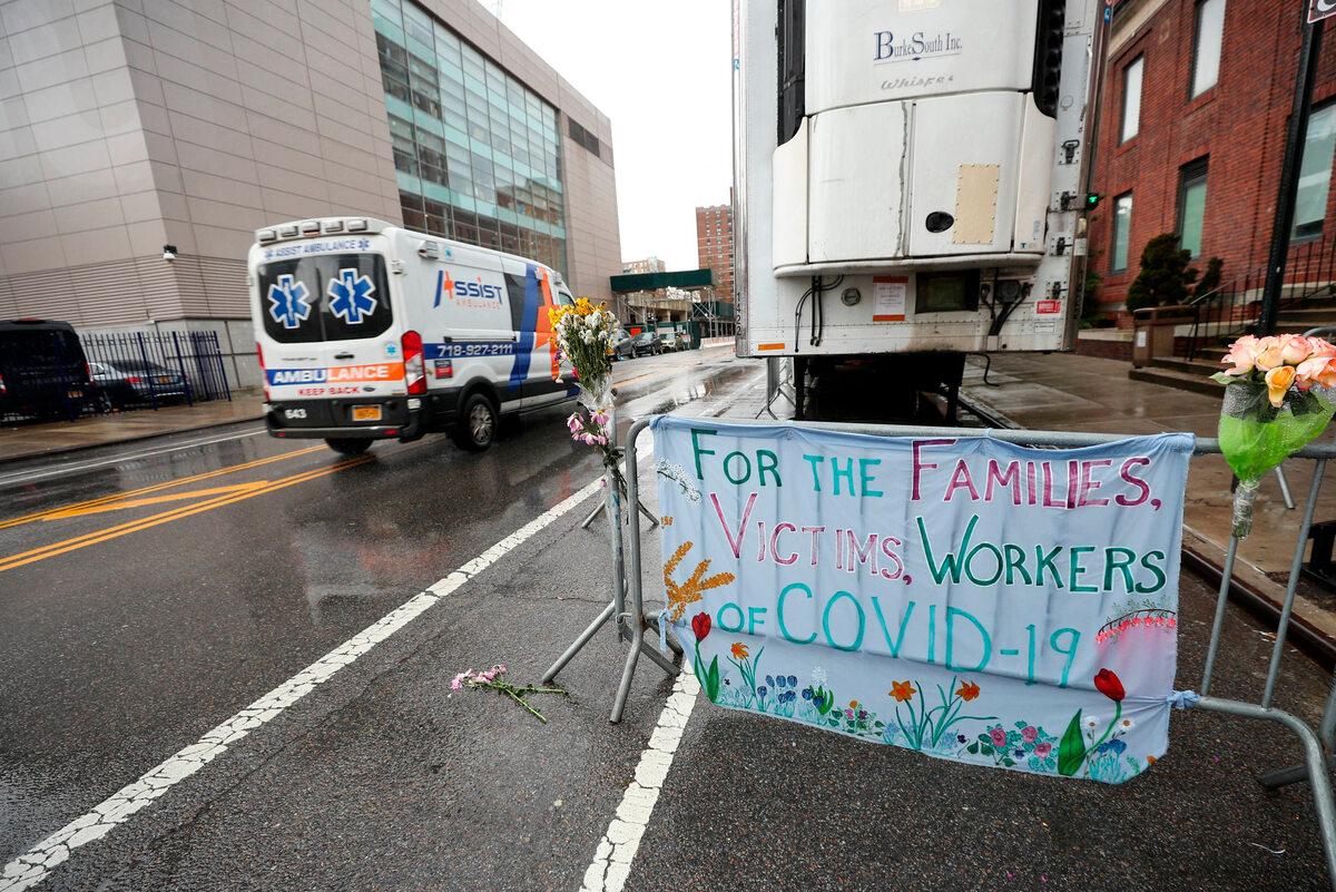Mieszkańcy Nowego Jorku okazali wsparcie chorym, ich rodzinom i pracownikom służby zdrowia (21 kwietnia)