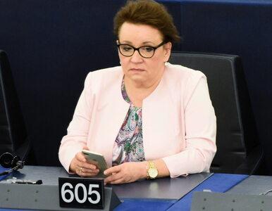 """Zalewska """"plagą"""" polskiej szkoły? Europosłanka odpowiada: Hołownia nie..."""