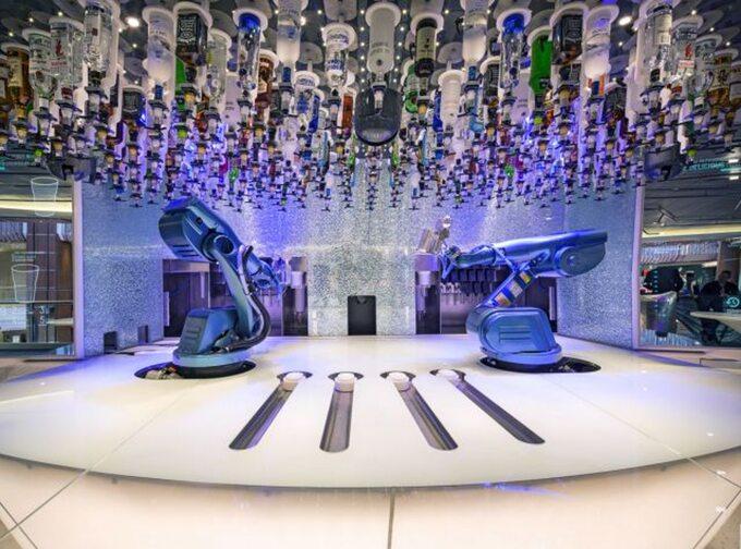 Sky4Fly.net_Plywajace hotele 5 statkow, ktore zabiora cie w luksusowy rejs dookoła swiata
