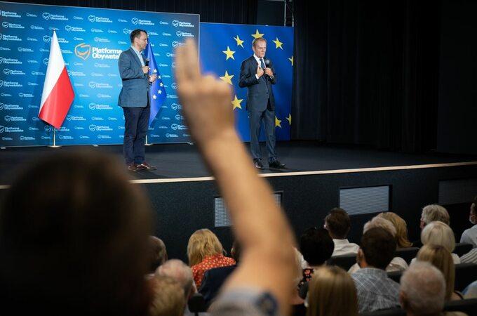 Donald Tusk wczasie wizyty wNakle nad Notecią