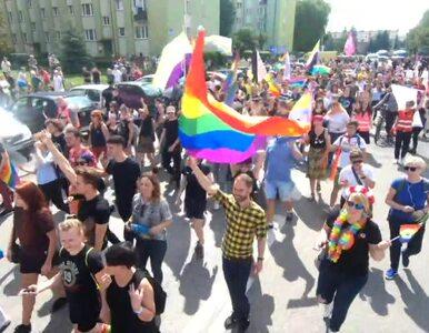 Pierwszy Marsz Równości w Radomsku. Kontrmanifestanci próbowali...