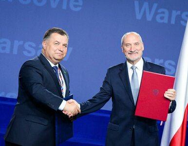 Polska będzie zbroić Ukrainę. Macierewicz podpisał umowę