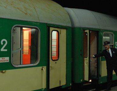 Bilety na te pociągi już niemal wykupione. Czeka nas tłok w PKP w długi...