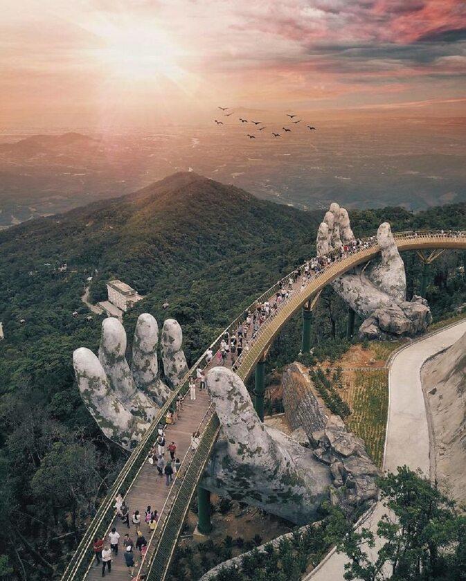 Golden Bridge w Wietnamie