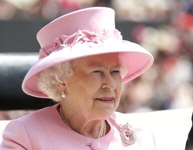 Królowa zniosła seksistowską tradycję