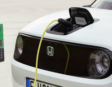 Diesel odchodzi, benzyna nawet bardziej. Na co jeździ Europa?