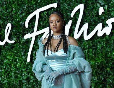 Rihanna przeprasza za użycie islamskich wersetów na pokazie bielizny....