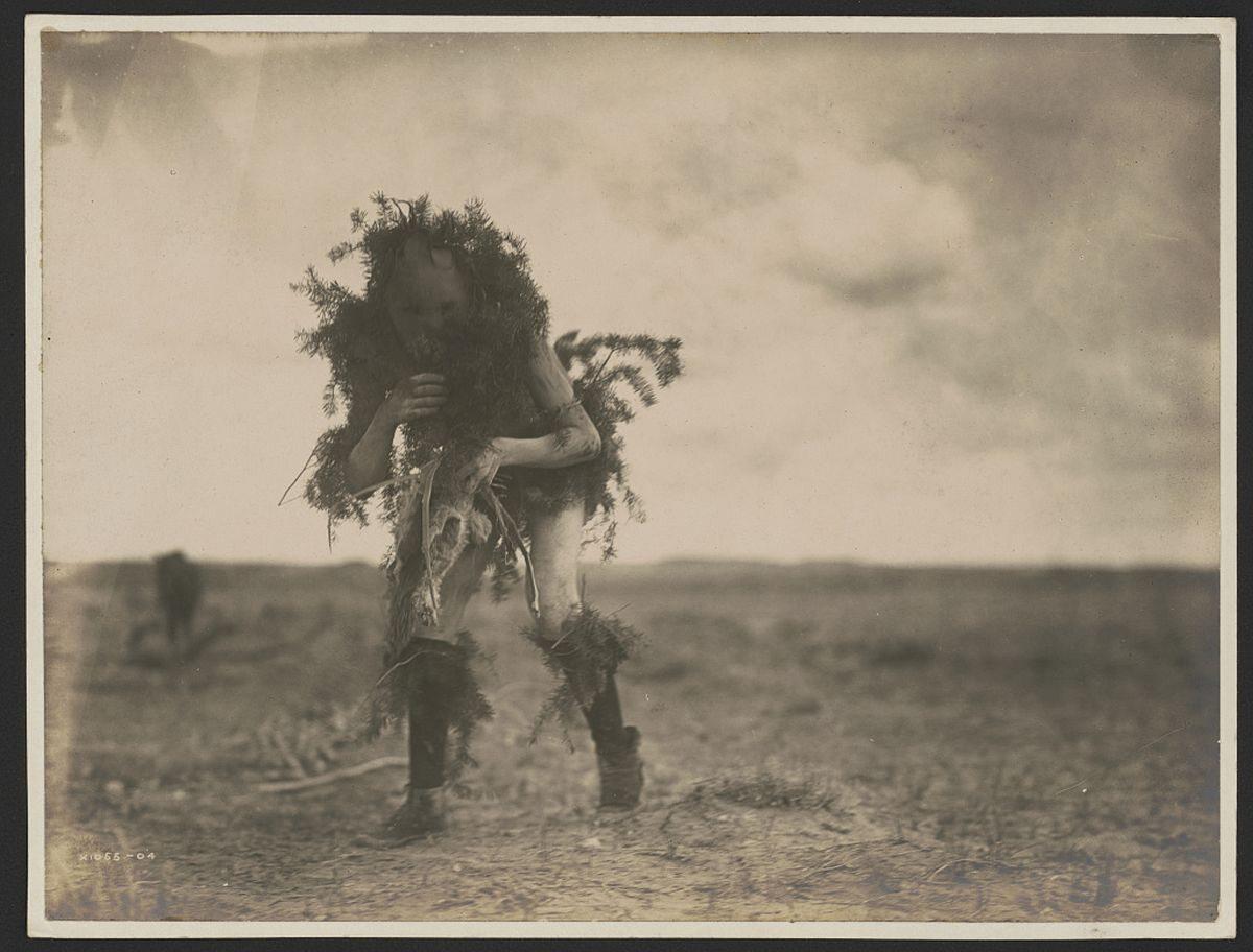 Szaman z plemienia Tonenili-Navaho, 1905 rok