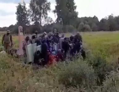 Litewscy strażnicy pokazali, jak Białorusini wypychają migrantów z...
