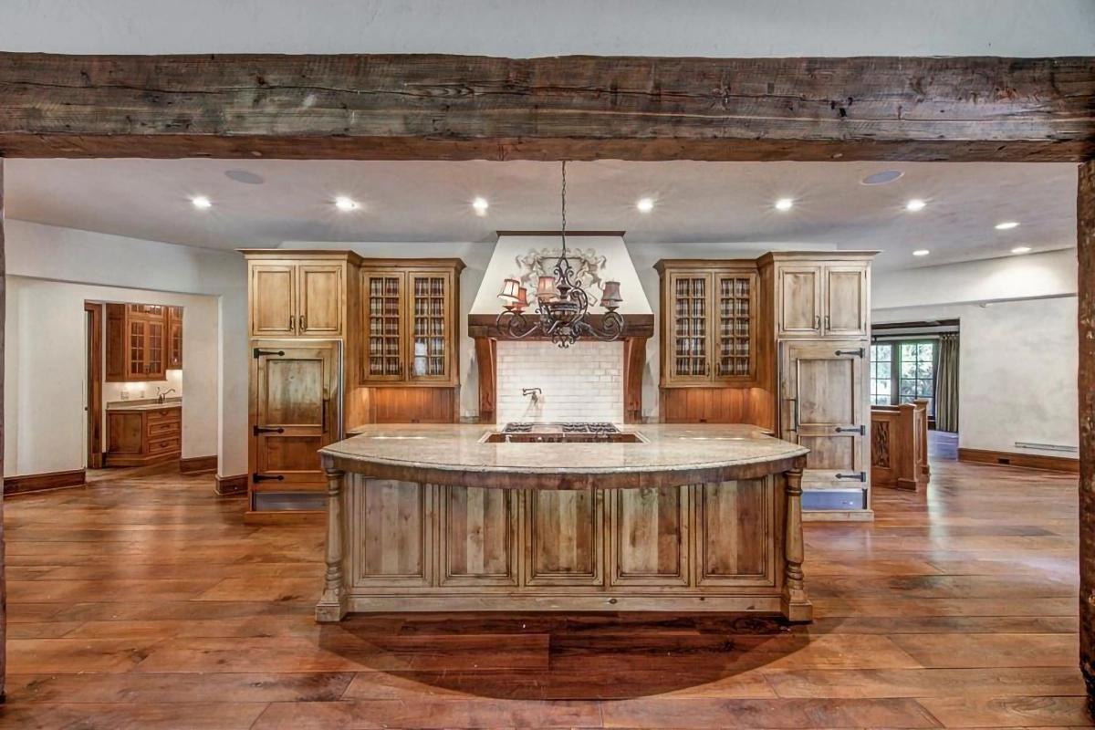 """Dom Dwayne'a """"The Rock"""" Johnsona w Powder Springs na sprzedaż"""