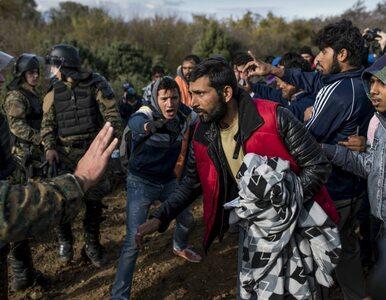 Niespokojnie na granicy grecko-macedońskiej. Policja wywozi koczujących...