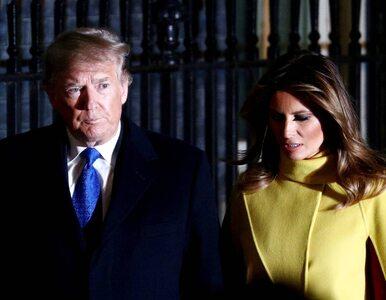 """""""Po prostu czekam"""". Incydent na spotkaniu z Trumpem, królowa przywołuje..."""