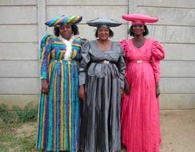 W Afryce żyją ludzie, którzy ubierają się jak... Niemcy z XIX wieku