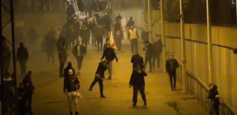 Marsz Niepodległości – zdjęcia policji. Znasz te osoby? Zgłoś się lub zadzwoń na policję