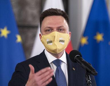 Szymon Hołownia powiększa swoje poparcie. Przepływają do niego wyborcy...