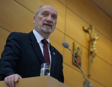 Macierewicz wydał roczny budżet reprezentacyjny w 9 miesięcy. Zobacz, na co