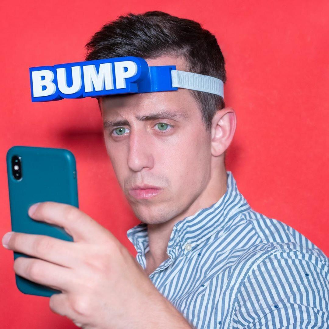 Zderzak dla smartfonowych zombie