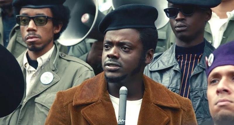"Kadr z filmu ""Judas and the Black Messiah"" (2021)"