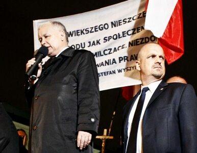 """Kaczyński przed Pałacem. """"Dał nam przykład Viktor Orban jak zwyciężać mamy"""""""