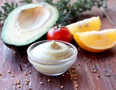 Jak w 2 minuty zrobić zdrowy majonez z... awokado? Fenomenalny przepis