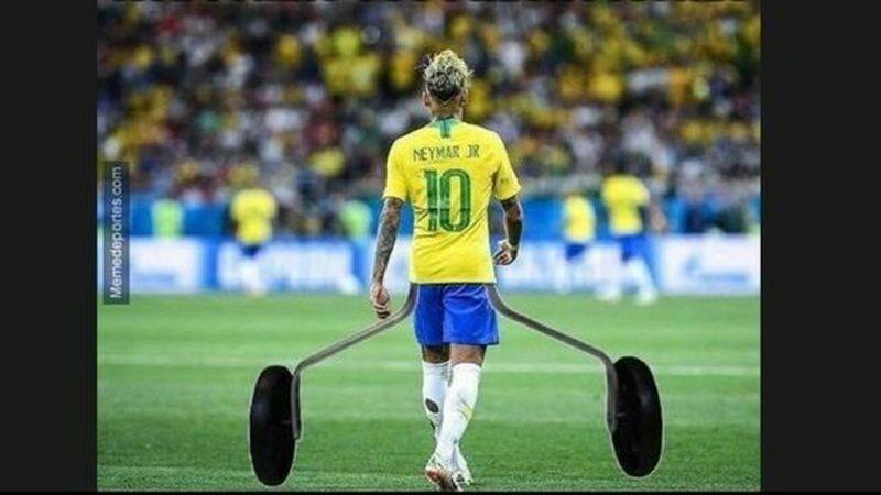 Memy z Neymarem