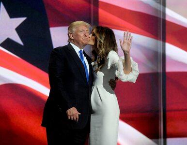 """Melania Trump broni męża. """"Niektóre kobiety same wciskały mu numer..."""