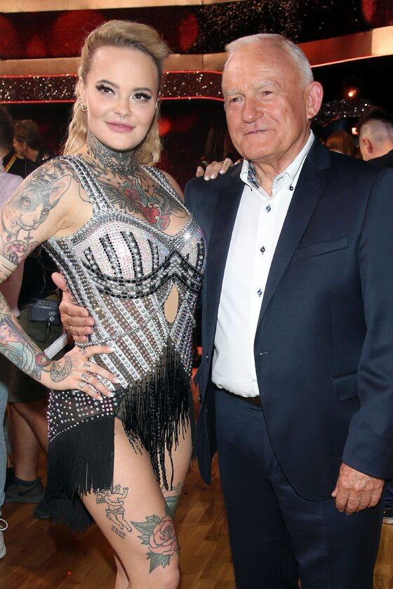 Monika Miller z dziadkiem, Leszkiem