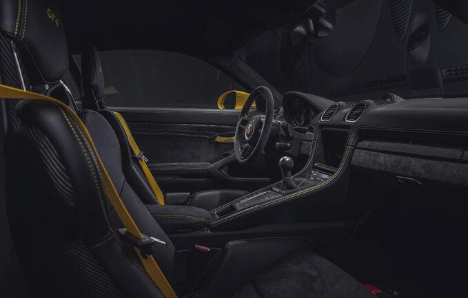 718 Spyder i718 Cayman GT4