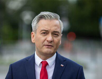Biedroń zaprezentował projekty ustaw o związkach partnerskich oraz...