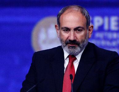 Armia Armenii żąda dymisji premiera. Paszynian przestrzega przed...