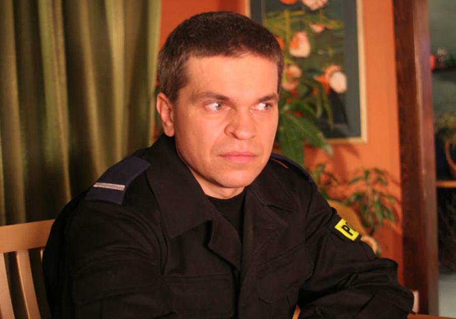 Jak bohaterowie zwracali się do bohatera, którego grał Jarosław Boberek?