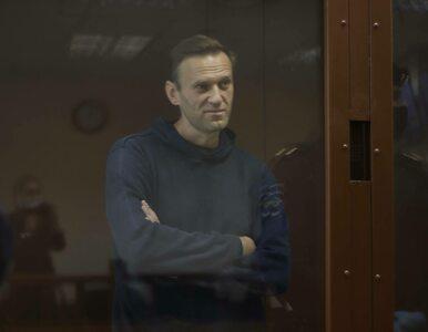 Aleksiej Nawalny stracił już 15 kg. Władze więzienia grożą, że będą...