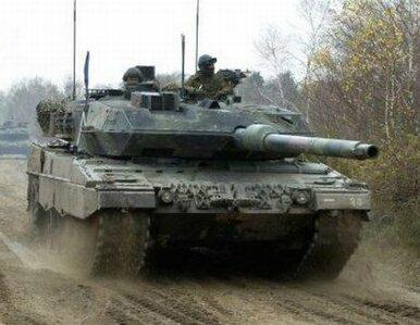 Rosjanie przerzucają sprzęt wojskowy na Krym