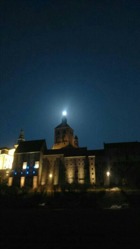 Niebieski Księżyc w Grudziądzu