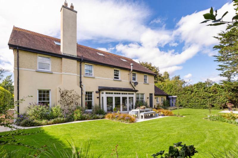 Dom znajduje się w Greystones w Irlandii