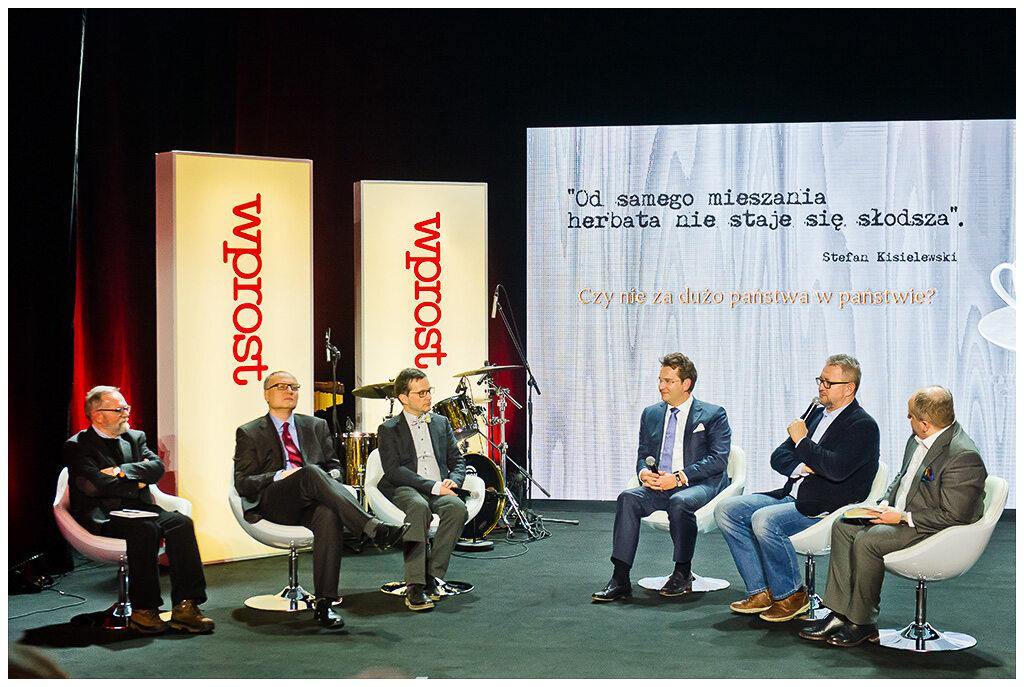 Uczestnicy debaty oksfordzkiej podczas gali wręczenia Nagród Kisiela