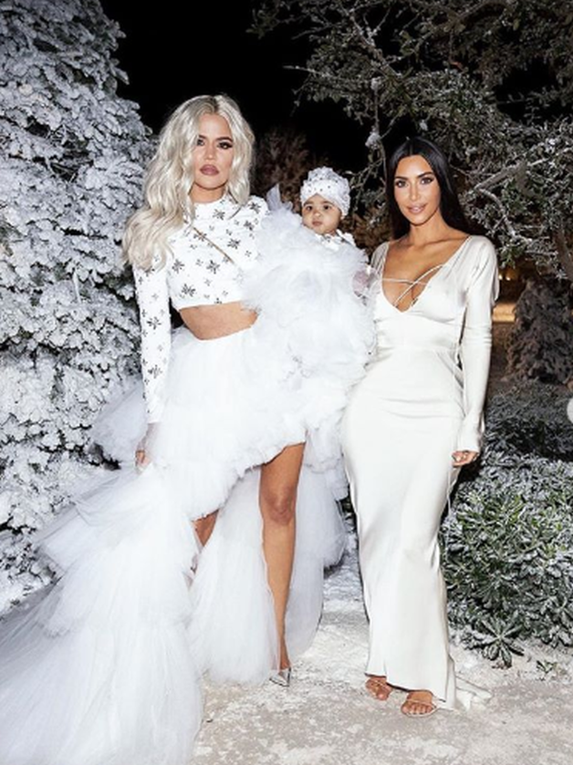 Khloe Kardashian i Kim Kardashian-West