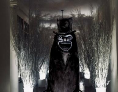 """Biały Dom jak z horroru. Melania Trump inspirowała się """"Lśnieniem"""" i..."""
