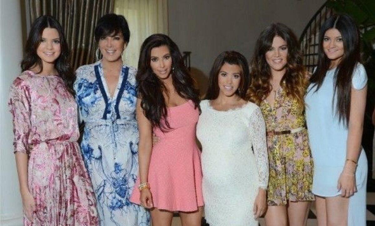 Kendall Jenner, Kris Jenner, Kim Kardashian, Kourtney Kardashian, Khloe Kardashian, Kylie Jenner